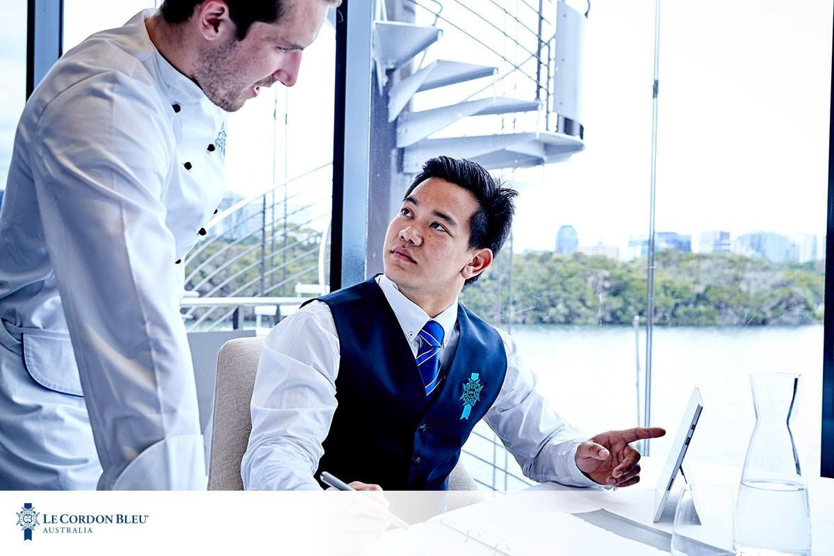 Tốt nghiệp ngành nhà hàng khách sạn tại Le Cordon Bleu bạn làm được những gì?