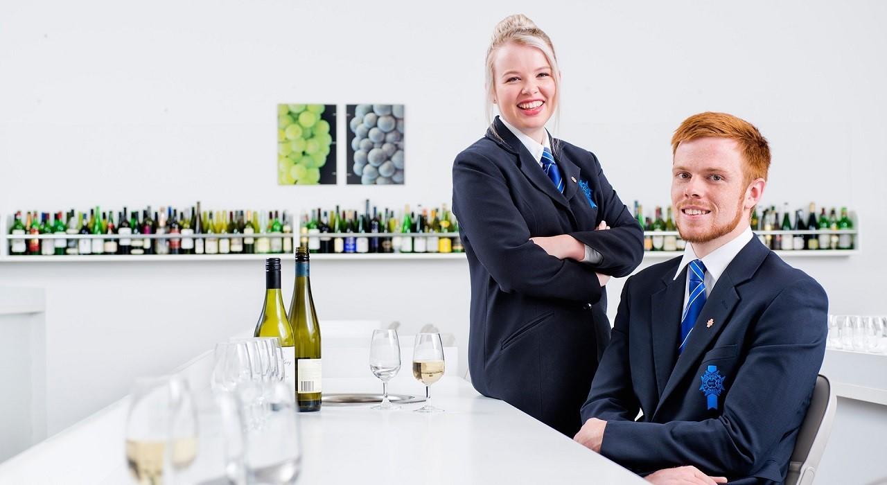 Du học ngành quản trị nhà hàng khách sạn, ẩm thực tại Pháp, Úc, New Zealand: Quốc gia nào là dành cho bạn?
